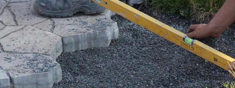 Pokládka kamenné dlažby do písku
